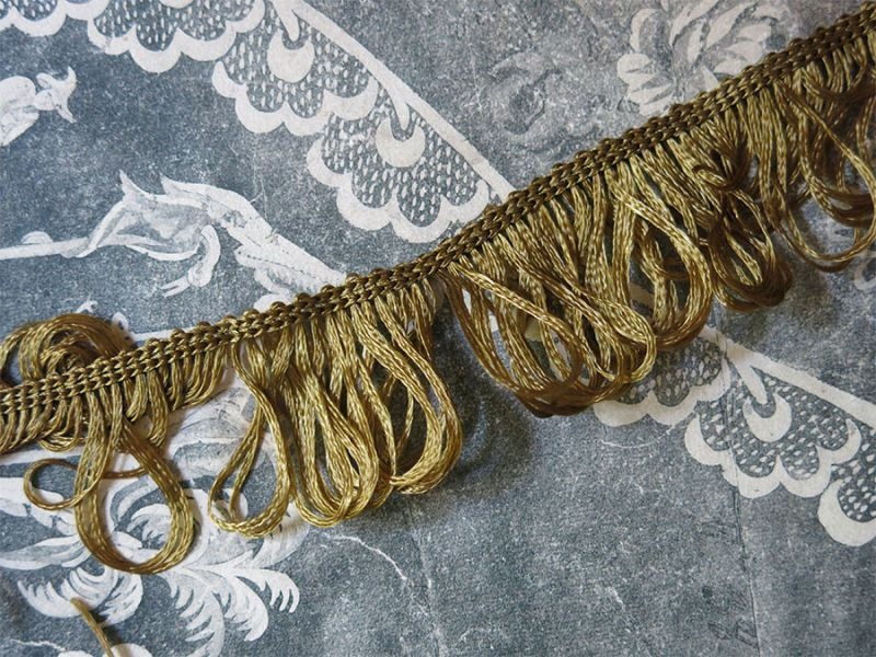 画像2: 19世紀末 アンティーク カーキ フリンジ トリム
