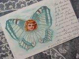 1902年 アンティークポストカード 水色の蝶々の少女