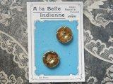 アンティーク ゴールドの花ボタン -GRANDS MAGASINS DE NOUVEAUTE AMIENS-