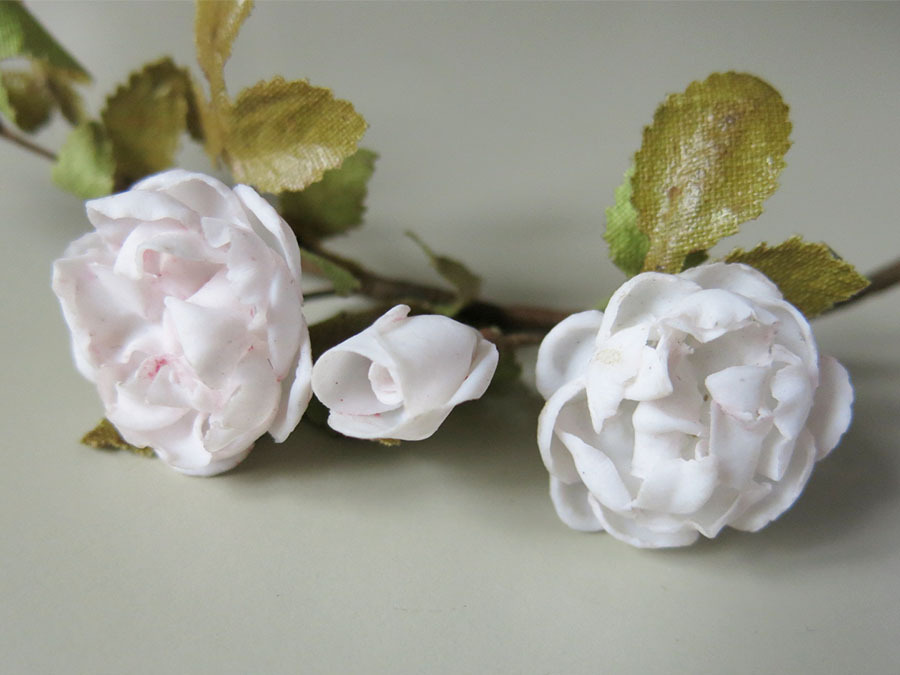 画像3: アンティーク セラミック製 淡いピンクの薔薇のコサージュ