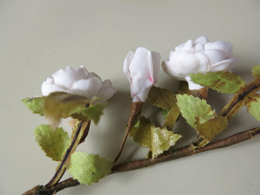 画像4: アンティーク セラミック製 淡いピンクの薔薇のコサージュ