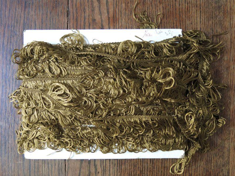 画像4: 19世紀末 アンティーク カーキ フリンジ トリム